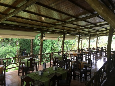 The Los Lagos open air dining area