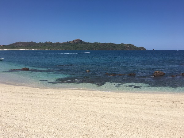The clear water of Playa Conchal
